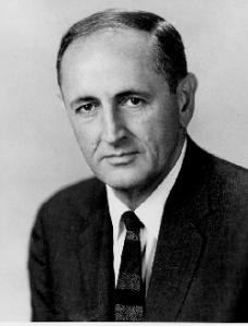 John_W._Gardner,_U.S._Secretary_of_Health,_Education,_and_Welfare